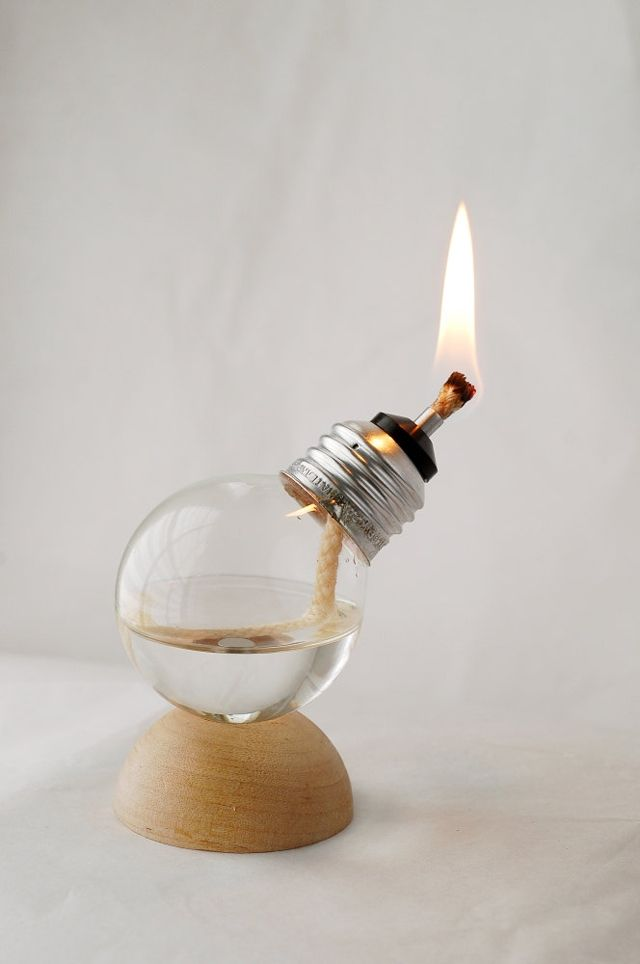 Unique Mini Oil Lamps Made From Recycled Light Bulbs  By Rusty Blazenhoff on May 31, 2012    Mini Oil Lamp    Oregon-based Recycled Light Company makes unique mini oil lamps from recycled light bulbs that come in several colors with a variety of bases. They are available to purchase at their Etsy shop.