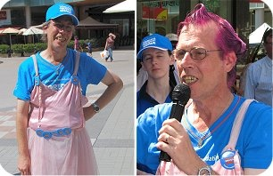 Hoernsby Chamber of Commerce President, Greg Bepper gets right into it as compere of the 2008 Worlds Greatest Shave for the Leukaemia Foundation held in Hornsby Mall