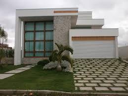 Resultado de imagem de Garage Entrance Garden   – Architecture