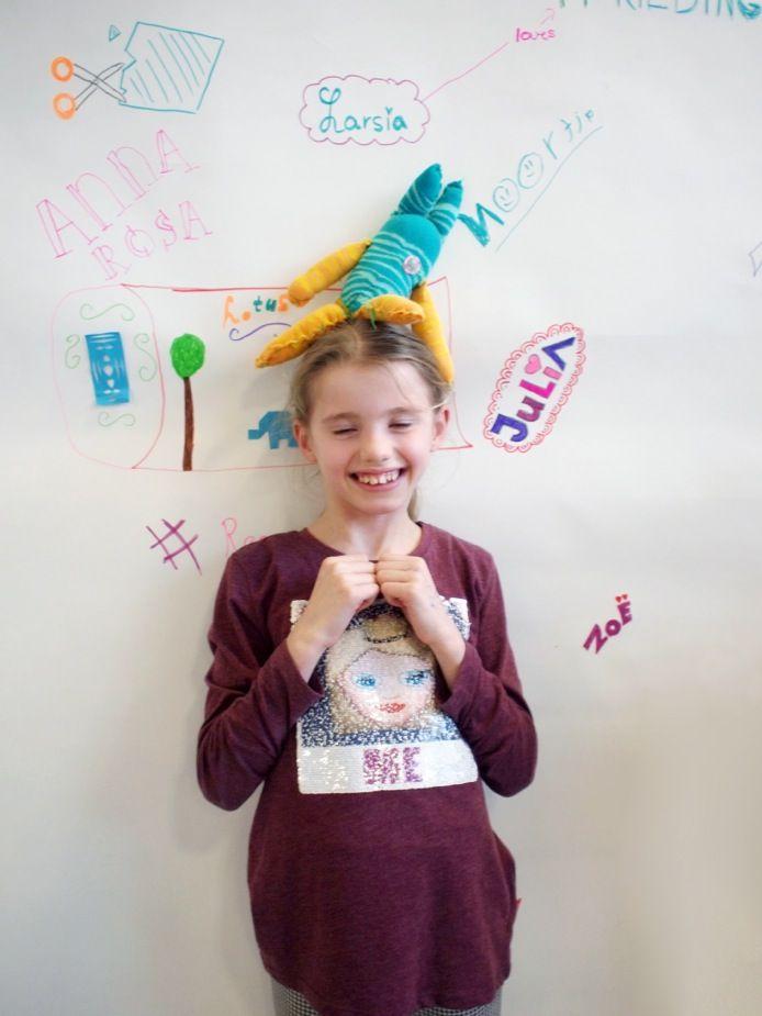 Naschoolse activiteit 'Recycle je Kleding' | Eindpresentatie | Atelier Braakmans Van Beuningen sokpop 💛