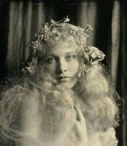 Delores Costello,  1902-1979, Goddess of the Silent Screen, mother of John Drew Barrymore,  grandmother of Drew Barrymore.
