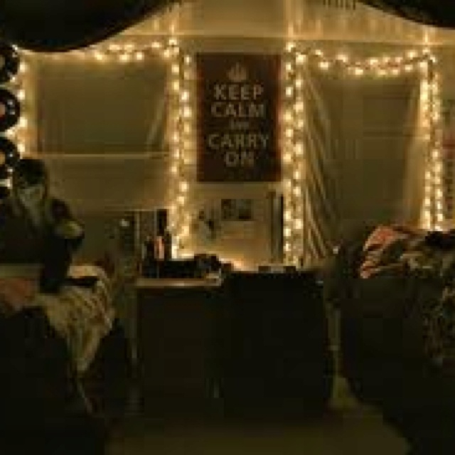 West You Inspired Me To Look At Dorm Rooms Haha. Part 66