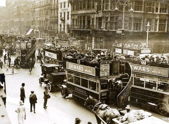 Traffic congestion in the Strand, at the junction with Lancaster Place (to left) and Wellington Street (to right).