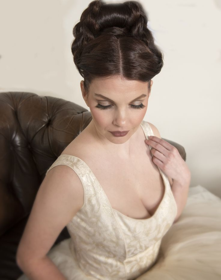White Royal Braids for Kingsday #hair #kingsday #dutch #thenetherlands #braids #hairstylist #hairdresser #royal