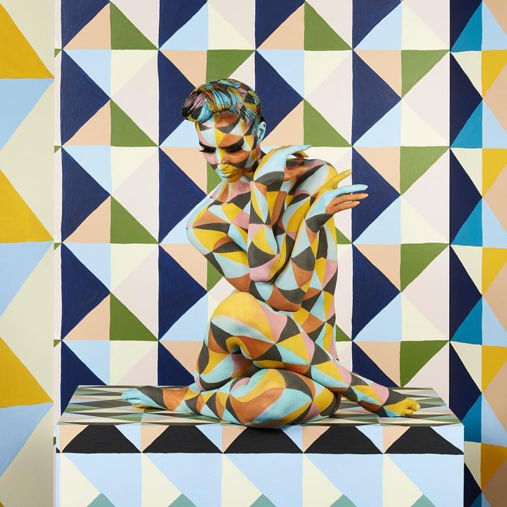 GEOMETRIC Artist & Photographer: Emma Hack Model: Bridgett Cains