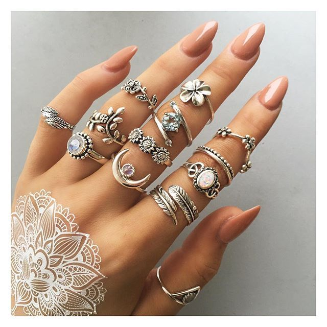 Sterling silver rings in the sale! up to 75% off! prices from 50p!  bohomoon.com