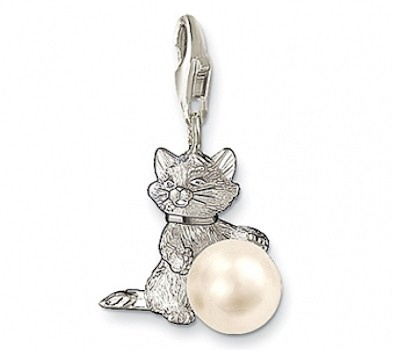 Thomas Sabo Charm Club Cat pendant. OMGGGGGG<3<3!!!!!!!!!