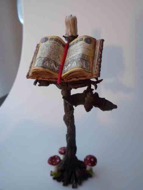 miniature Halloween book stand