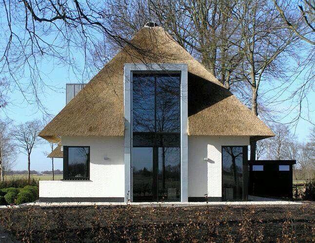 25 beste idee n over moderne huizen ontwerpen op pinterest moderne architectuur moderne - Modern huis exterieur entree ...