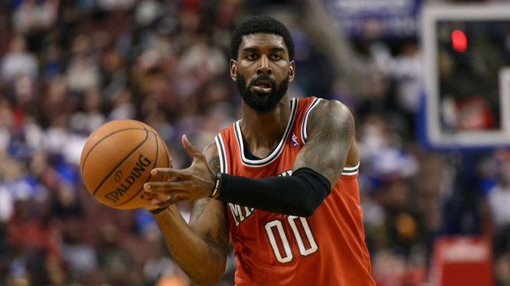 O.J. Mayo suspended for one game after punching Greg Stiemsma