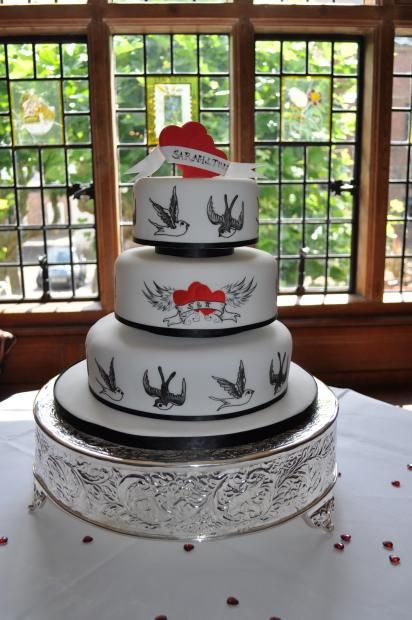 tattoo themed wedding cake cake wedding pictures to pin on tattooskid 20763