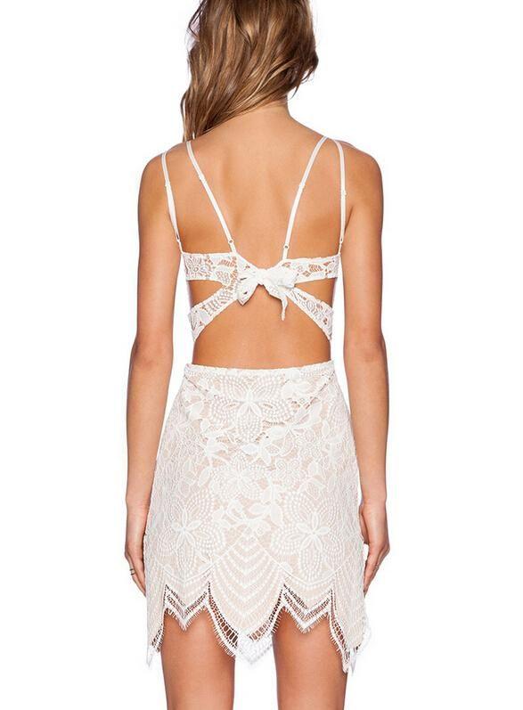 Soft and beautiful to you!#lace #dress #fashion #chic http://bit.ly/1MHtx8Q