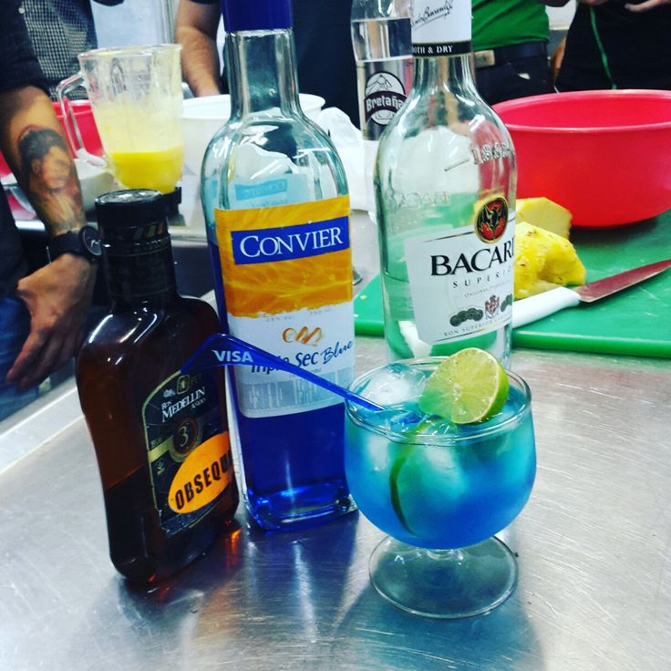 Coctel lafuna azul