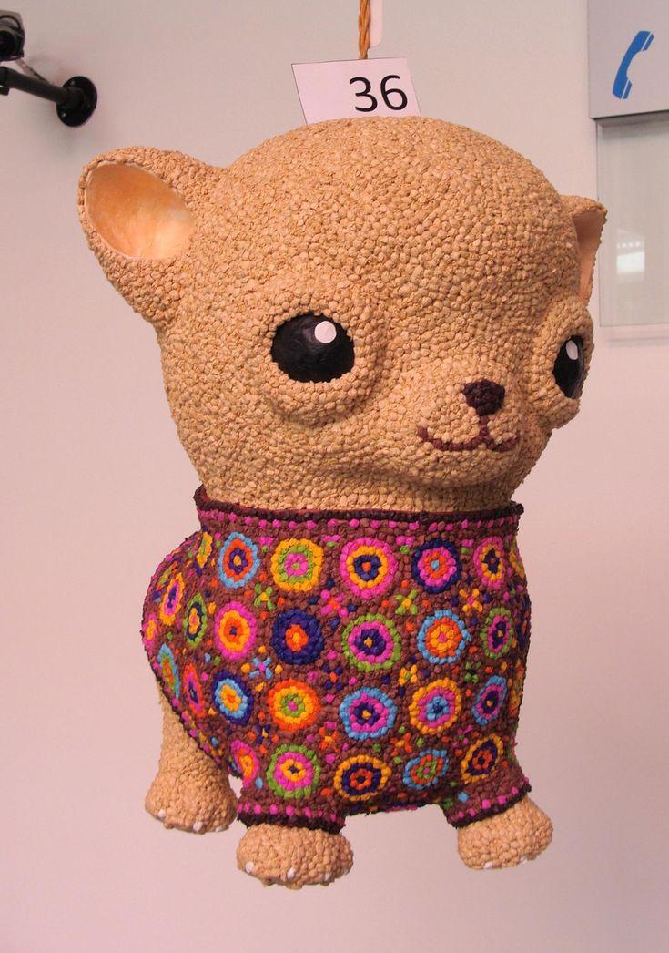 Grupo Alfeñique, piñata perro Chihuahua