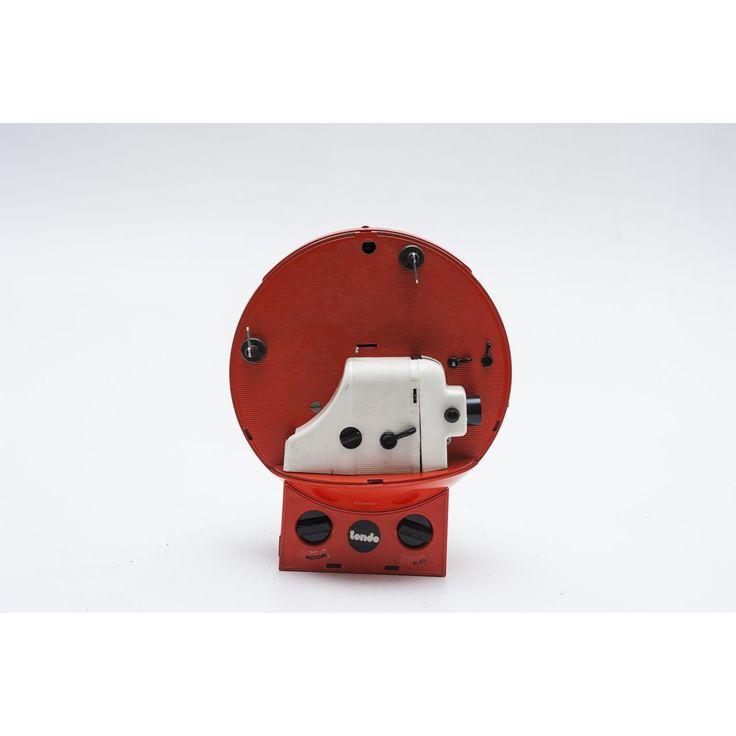 Proiettore super 8 Tondo CT 80 designer Cernuschi produttore polistil paese Italia 1968 colori arancio bianco in plastica e metallo
