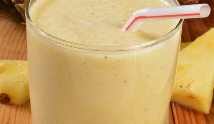 Ananásové smoothie s cmarom