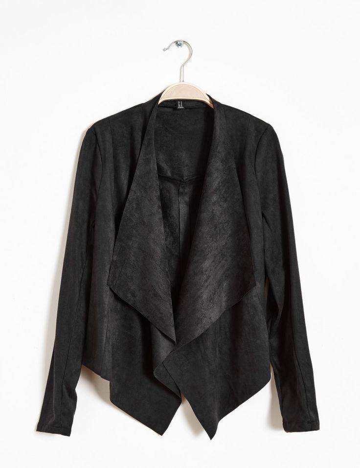 veste en suédine noir - http://www.jennyfer.com/fr-fr/collection/vestes-et-manteaux/veste-en-suedine-noir-10009278060.html