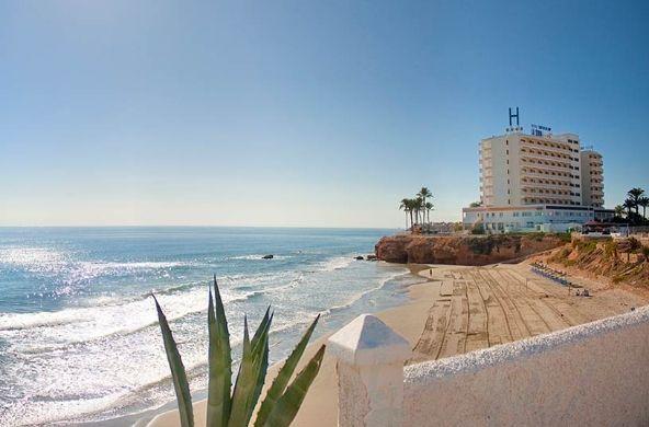 Hotel Servigroup La Zenia, un #hotel con vistas al mar. // The Hotel Servigroup La Zenia is a hotel with sea view.