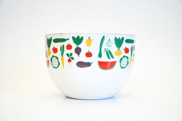 Vintage Kaj Franck Arabia Finel Finland Enamel Bowl in the Vegetable Pattern. $85.00, via Etsy.