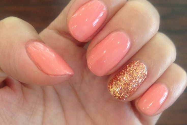 Designer manicure with nail art for you in #Nailssaloninfreshmeadows. visit here
