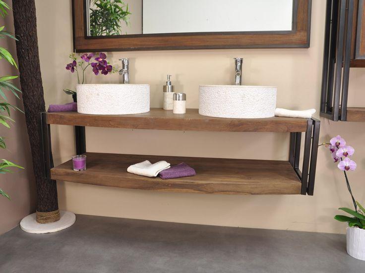 Meuble de salle de bain en teck brossé. Avec ses deux plateaux cintrés à l'avant et ses supports en acier laqué noir. Parfait pour :  2 vasques à poser. Dimensions : L145 cm x P52 -46 cm x H37 cm.