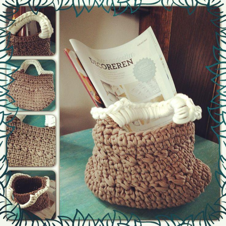 DIY gehaakt tasje, tas van hooked zpaggeti oftewel textielgaren #haken # crochet basket #strengels