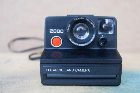 Ehi, ho trovato questa fantastica inserzione di Etsy su https://www.etsy.com/it/listing/239905500/sale-fotocamera-istantanea-polaroid-land