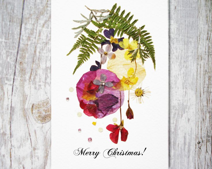 Christmas card Christmas Print Floral holiday card Christmas gift Pressed flower card Greeting card Holiday card Artists trading cards plant by FloralCollage on Etsy #christmasgift #pressedflowers #botanical #cards #christmascards