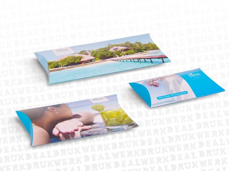 Luxe #cadeau-enveloppen. Op zoek naar een mooie cadeaubon verpakking? Deze luxe cadeau-enveloppe maakt het nog leuker om een cadeaubon te geven én te krijgen! Natuurlijk te bedrukken met je eigen ontwerp. http://www.drukwerkdeal.nl/nl/producten/bedrukte_verpakkingen/cadeauverpakkingen