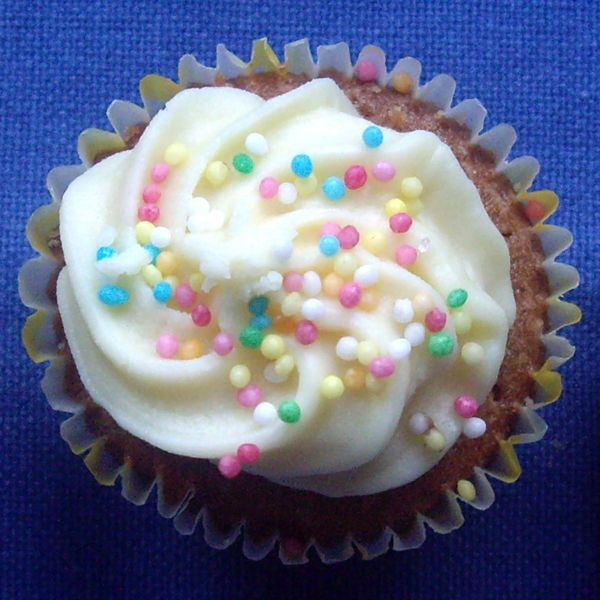 Mini vanilla cupcake with butter cream frosting