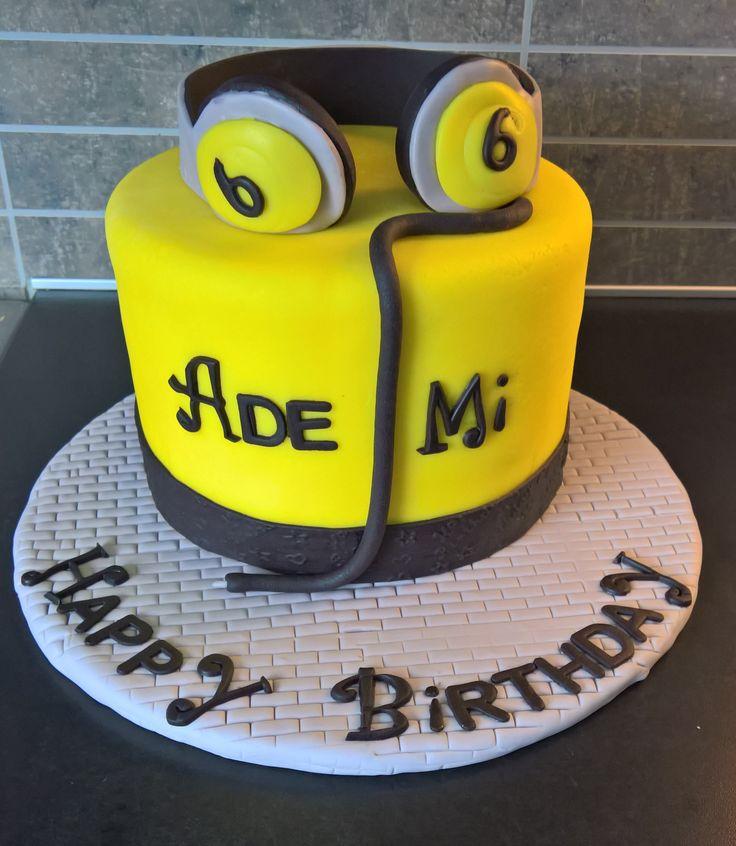 Headphone cake