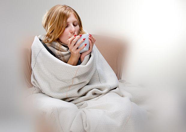 Γρίπη: πρόληψη και συμπτώματα. Πότε καλούμε γιατρό; Ποια συμπτώματα της γρίπης πρέπει να με οδηγήσουν στο γιατρό;   Πυρετός, Πονοκέφαλος, Μυικοί πόνοι, Αίσθημα κόπωσης, Έντονη εξάντληση, Καταρροή, Φτέρνισμα, Πονόλαιμος,Βήχας. Πάτησε σ Χρειάζεσαι συμβουλές από γιατρό; Διάβασε αναλυτικά τις συμβουλές του SOS Παθολόγου πατώντας την εικόνα.  Κάλεσε  1016 για επίσκεψη ιατρού στο σπίτι ή για ραντεβού στο κοντινότερο SOS ιατρείο!