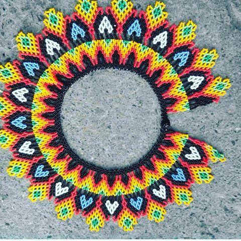 Day embera chami Dachi furura drua Dachi furura awataday Dayra emberaras... Nosotros somos embera chami Somos pueblo de la vida Somos pueblo de resistencia Nosotros somos de los pueblos #emberachami #indigena #cultura #embera #artesanal #cultura #españa #colombia #colores #collar #traccional