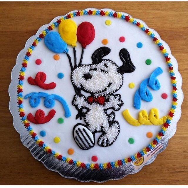 Olha que lindo esse bolo do Snoopy ❤️❤️ Imagem do Ig @portaldedicas . #festasnoopy #snoopy #bolosnoopy #mae_festeira cake By @pastelucas