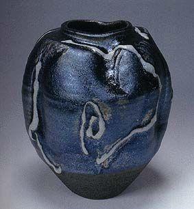 Jar with iron glaze by National Living Treasure of Japan, Uichi SHIMIZU (1926-2004) 清水 卯一(人間国宝)