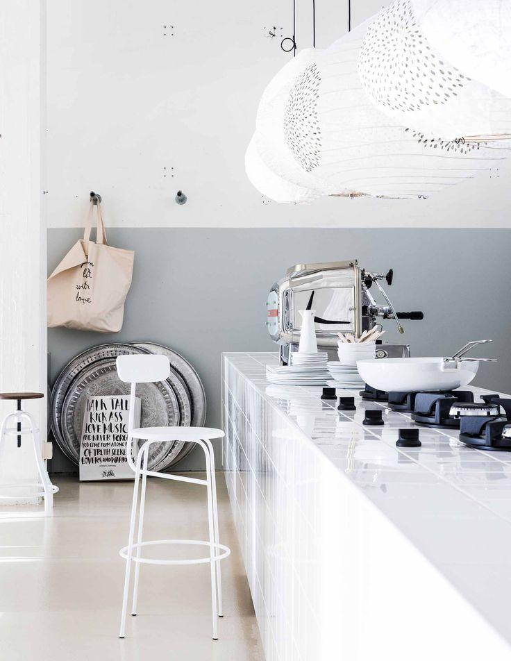 Keep it simple: eenvoud, licht en rust in huis | vtwonen http://amzn.to/2qVhL6r
