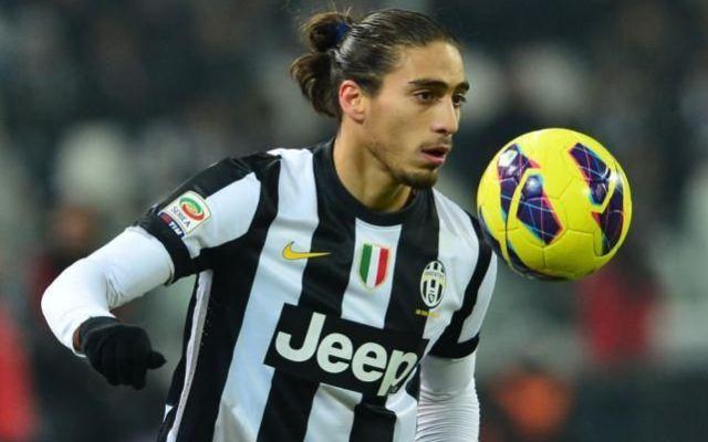 Le formazioni ufficiali di Juventus Catania, gioca Caceres #catania # #juventus # #serie #a
