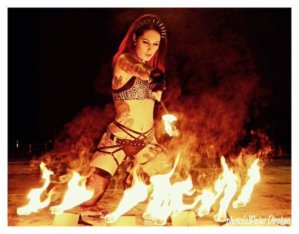Cervena Fox -  Ring of Fire --- http://www.cervenafox.bigcartel.com/products ---- http://www.whosthatfox.com/ Pyrohex (@PyrohexOfficial) |