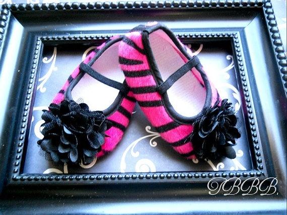 Love these Baby Girl hot pink zebra shoes http://media-cache1.pinterest.com/upload/91901648616172885_ZYm0PupF_f.jpg jesswiltse stuff for baby josslynn