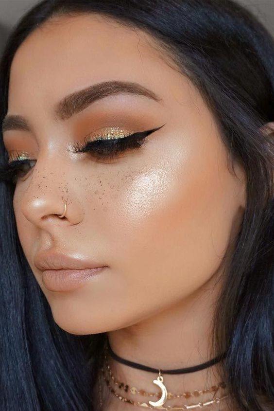 Holiday Eye Kandy Winter Wonderland: 25+ Unique Makeup Ideas On Pinterest