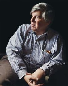 Stephen Jay Gould by Kathy Chapman.png