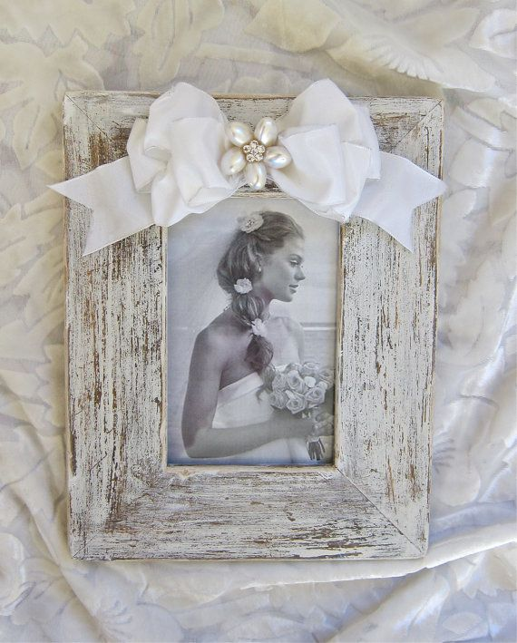 15 A Frames I D Like To Visit: 15 Must-see White Picture Frames Pins