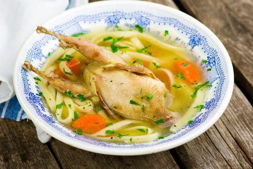 Рецепт супа из перепелок с лапшой в мультиварке / Меню недели