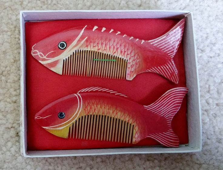 Chinese Traditional Handmade Wood Lovely Red Fish Hair Combs in Glass Box | eBay