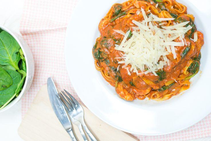 Eenpanspasta: Tagliatelle met gamba's en spinazie