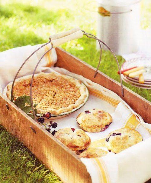 Pies Pies PiesCompany Picnics, Summer Picnics, Healthy Breakfast, Feet, Wooden Boxes, Picnics Baskets, Picnics Food, English Home, Summer Time