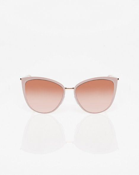 Cat Eye Sunglasses - Get ready for the sunny days ahead with these glam cat eye sunglasses.
