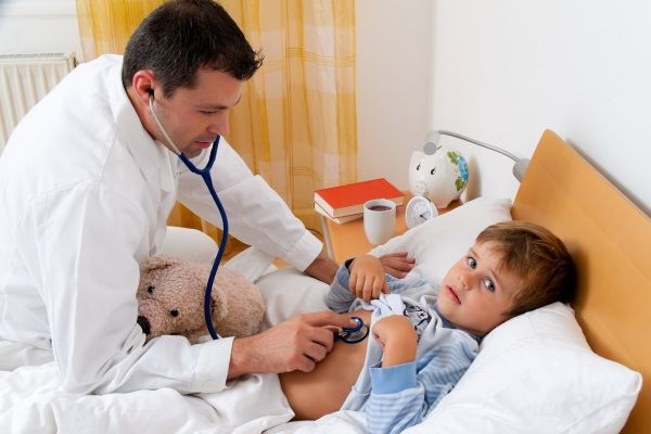 Febbre bambini: tutto quello che le mamme dovrebbero sapere