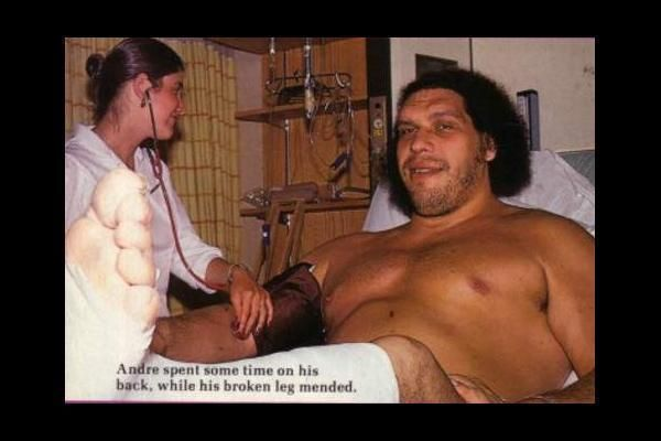 20 Astonishing Photos of Andre the Giant