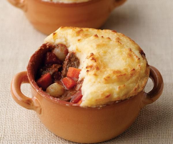 Shepherd's Pie with Cheddar-Spiked Mashed Potatoes